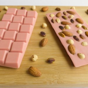 Çilekli Beyoğlu Tablet Çikolata | 100 Gram